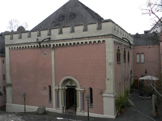Heilig Geist: Ouside of the building