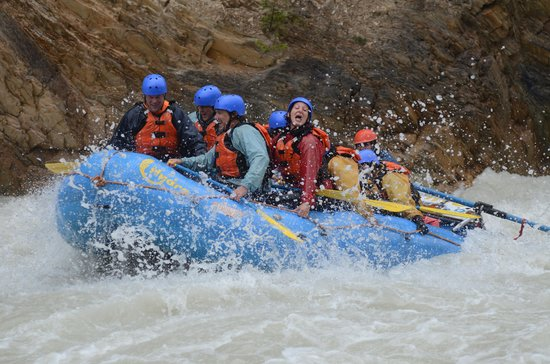 Hydra River Guides: in the rapids