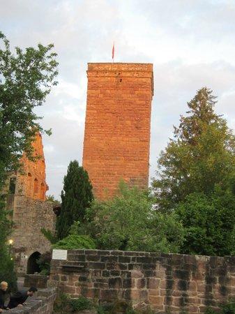 Berlins Hotel KroneLamm: Burgruine Zavelstein in unmittelbarer Nähe