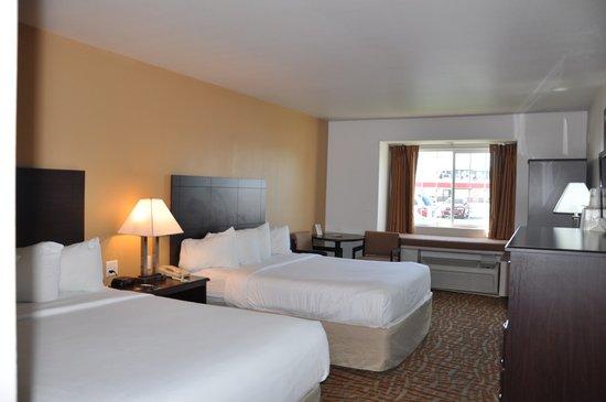 Days Inn & Suites Spokane Airport Airway Heights : Two Queen