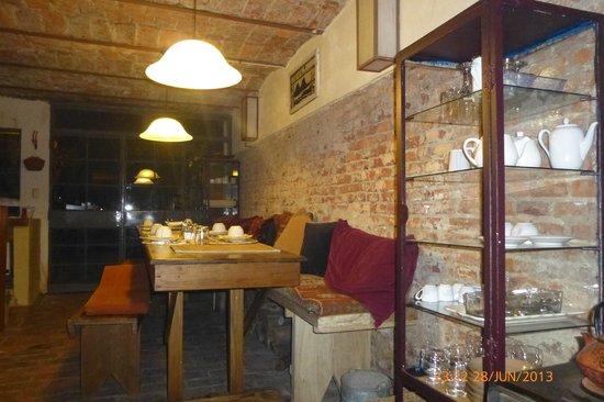 Colonia Suite Apartments : Comedor