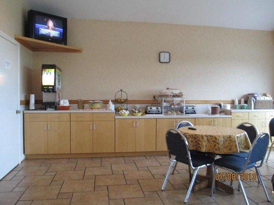 Belfast Harbor Inn: Breakfast Area on first floor
