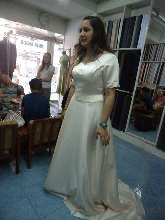 Cream Color Wedding Dress . - Picture of New Moda Custom Tailors ...