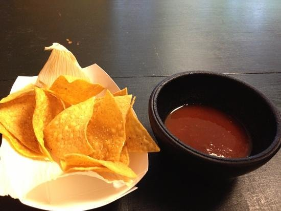 Tia's Tacos - re opened : free chips and salsa