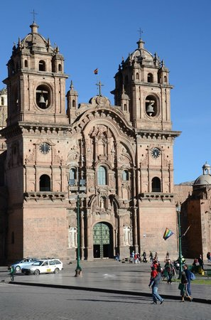 LP Los Portales Hotel Cusco: Tour -  Amazing Church