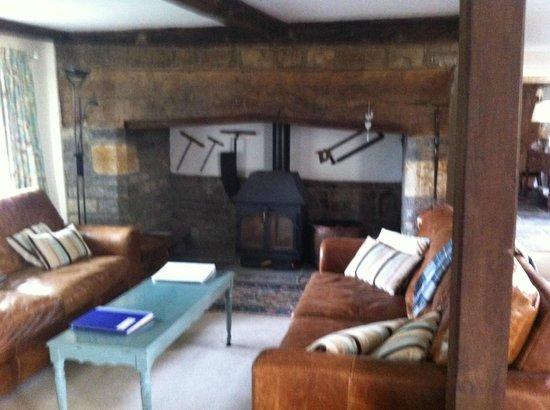 Frog Street Farmhouse: Lounge