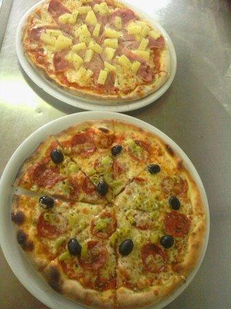 Ciao Italia: riiiiquisima autentica pizza italiana.