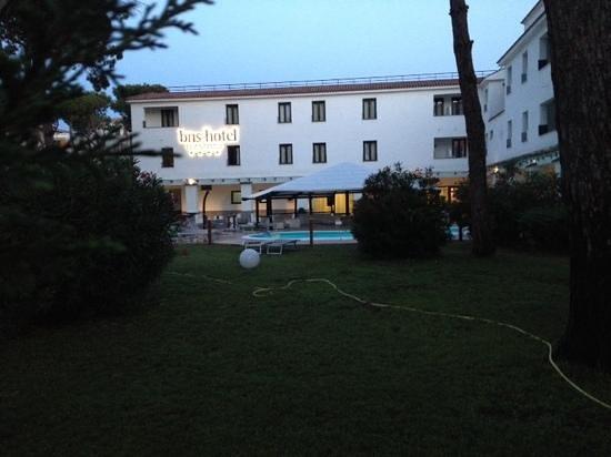 BNS Hotel Francisco: lato piscina