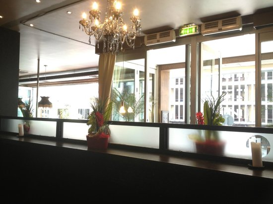 Prohibition Bar & Grill: Entrance To Bar