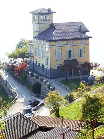 Lugano, Switzerland: café/ bar nel cume