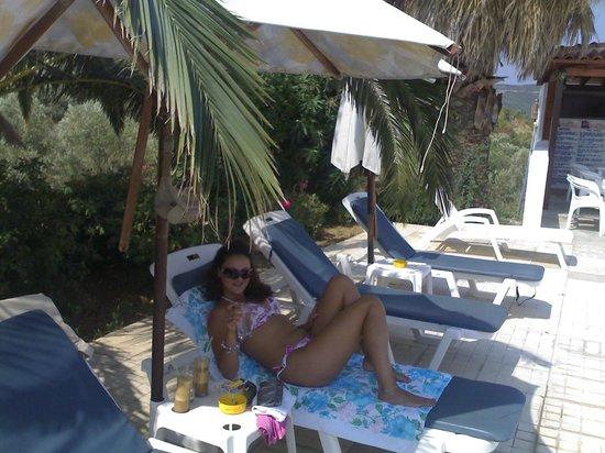 Paradise Hotel: Pool Bar