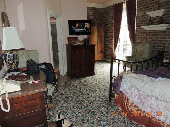 Olivier House Hotel: Basic Room