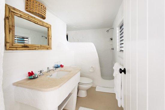 Guana Island : Sea View Cottage Bathroom