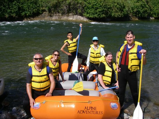 Alpine Adventures, Wenatchee River Rafting