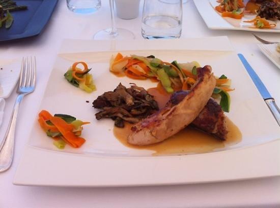 Le Plaisir Gourmand : poulette de racan, tagliatelle de légumes...