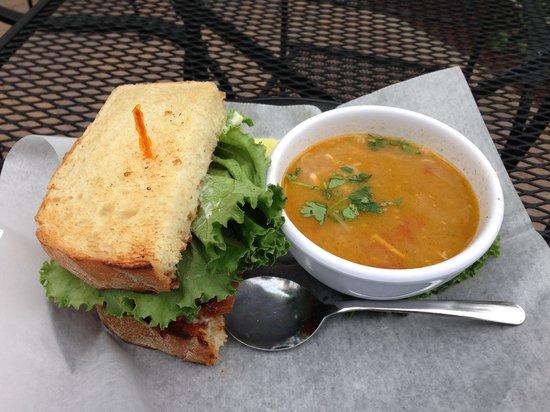 Chanticleer Eatery: Yummy Lunch