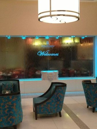 Renaissance Orlando Airport Hotel: love this new look! at entrance.