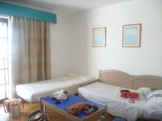 Apartamentos Los Tulipanes: Our living area