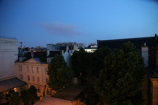 Hôtel Apollon Montparnasse : From 505 ... room with a view.