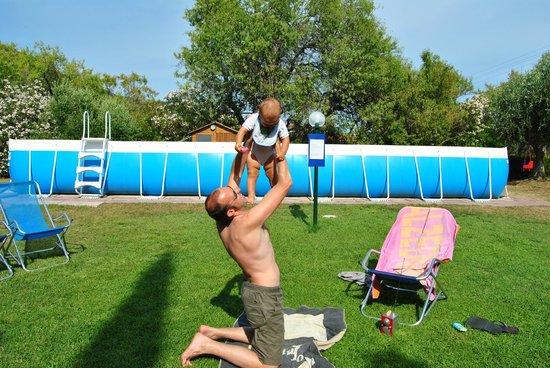 Residence Villa Conti: Divertimento in piscina