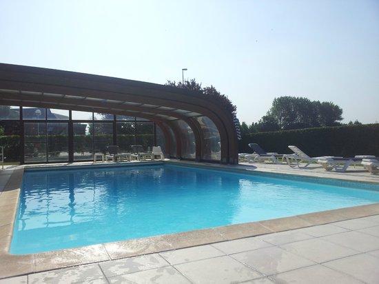 Mercure Cabourg Hippodrome: piscine ouverte ou fermée selon le temps