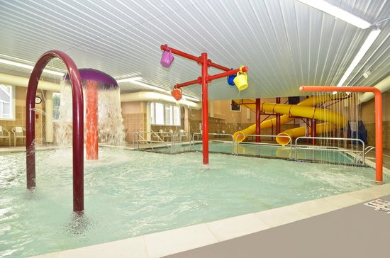 Comfort Inn & Suites: Indoor Pool and Water Park