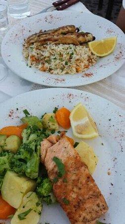 Photo of Mediterranean Restaurant Metaxy Mas Tavern at Exo Gonia, Pyrgos 847 00, Greece