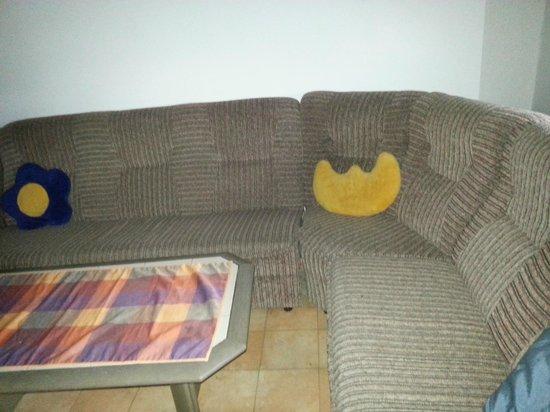Gasthaus Mooshausl: sofa cocina