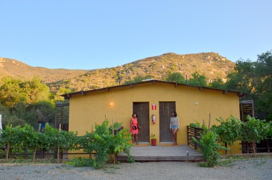 Casa Encinares Bed and Breakfast: the little home amidst the wines and the hills