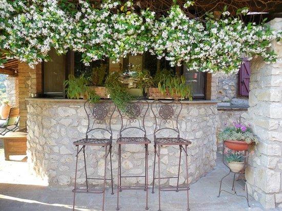 Agriturismo Tara: Beautiful floral decorations