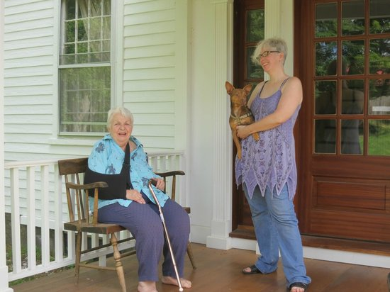 Bird's Nest Bed & Breakfast : Front - Our host - Grandma Pat -