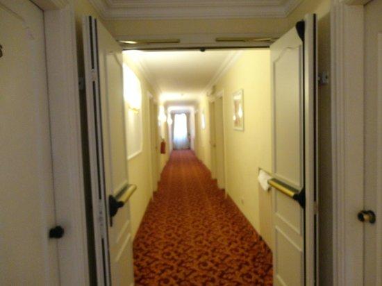 Grand Hotel Hermitage: corridoio