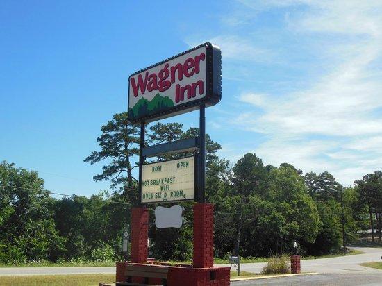 Wagner Inn : Signage