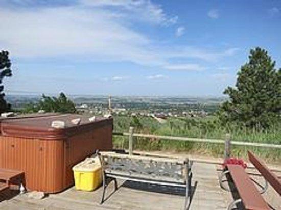 Big Sky Lodge : Hot tub!