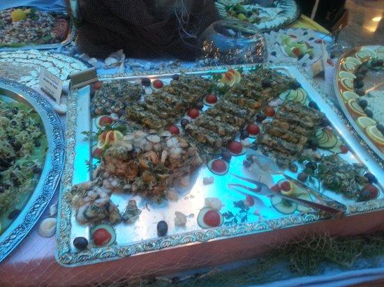 Petrovac, Monténégro : еда в отеле