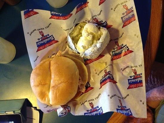 Bandana's Bar-B-Q: pulled chicken sandwich