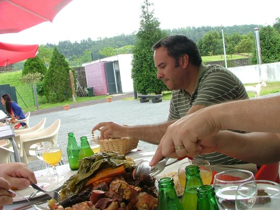 Pedro Ferreira Azores Tours : Pedro -- and the massive meal cooked in the ground at Furnas
