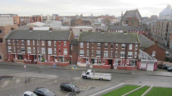Maldron Hotel Smithfield: Vista para a área central de Dublin