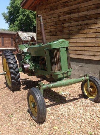 Wheeler Historic Farm: big green tractor