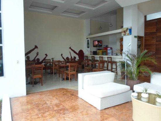 Hotel Bahia Chac Chi: zona comedor y zona entrada
