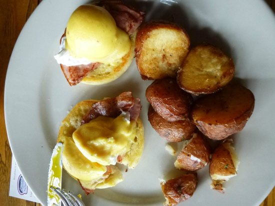 "Red Coach Inn - Restaurant: eggs benedict- ""pan fried"" potatoes look deep fried to me"