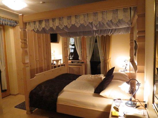 quarto romântico Foto de Hotel Alpenstuben  ~ Quarto Romantico Fotos