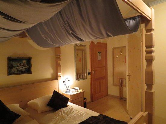 quarto romântico Foto de Hotel Alpenstuben