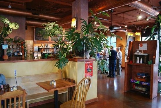Chaco Canyon Cafe: Relaxed Atmosphere (West Seattle)