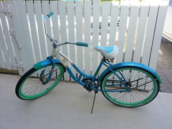Venice Beach Villas : Loaner bikes free for guests to use