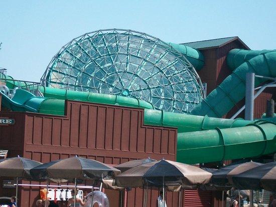 Wilderness Resort: Hurricane very cool ride indoor
