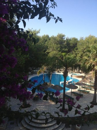 Vasilikos Beach Hotel: Lovely pool