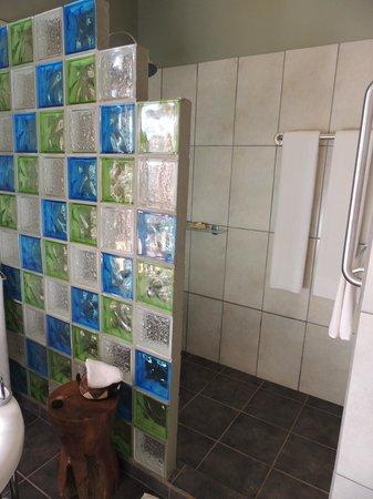 Kitela Lodge : Beautiful shower area