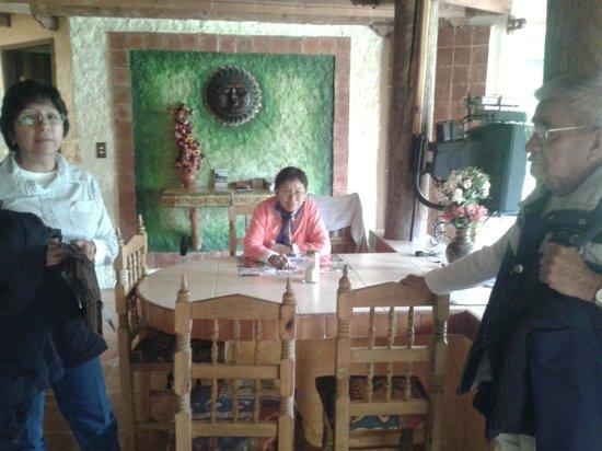 Hotel Bosques del Sol suites: Interir de cabaña