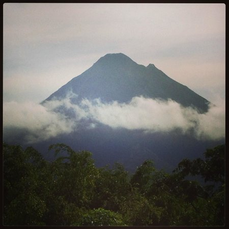Nayara Hotel, Spa & Gardens: View of Arenal Volcano from Nayara Resort
